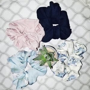 NWT 4 Pack Scrunchies - fall vsco floral solid